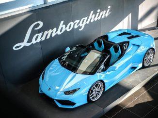 Lamborghini patrocina un laboratorio de fibra de carbono en la Universidad de Washington