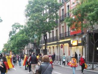 Protestas ante el PSOE contra la gestión de la crisis del Coronavirus