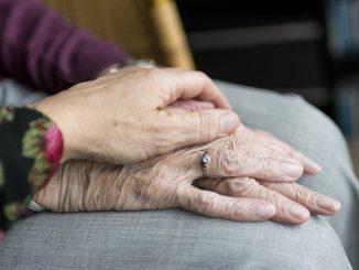 Colombia: anciana de 104 años ha superado dos veces el Covid