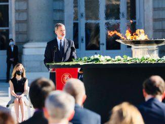 El Rey elabora un emotivo discurso en la ceremonia homenaje a las víctimas de la COVID-19.