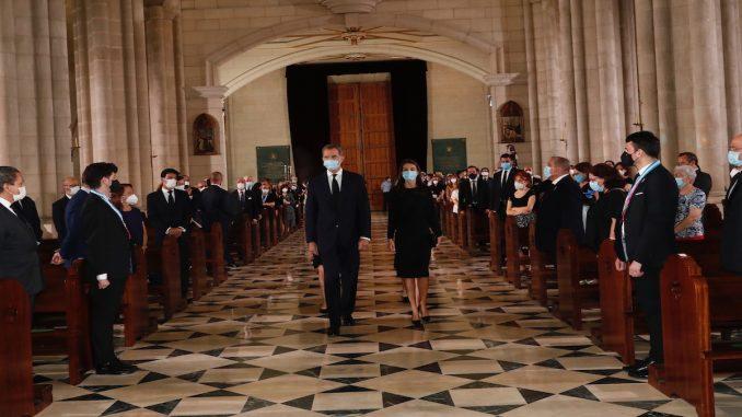 Pedro Sánchez no asiste al homenaje por las víctimas COVID-19