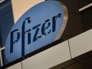 EE UU compra la vacuna de la farmacéutica Pfizer para asegurarse que dispondrá de ella.