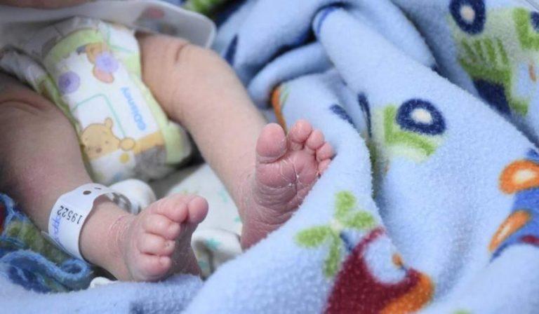 bebé coronavirus