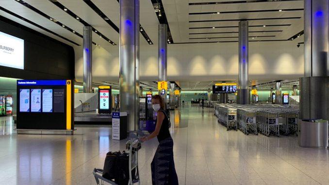 Los países de Europa aumentan sus restricciones a los viajeros de España.