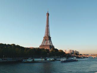 Alarma de bomba en París, Torre Eiffel evacuada: controles en curso