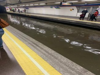 Metro de Madrid interrumpe su servicio por inundaciones