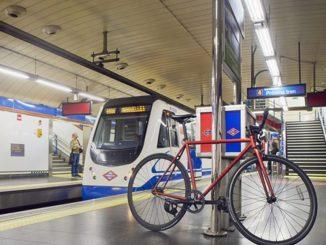 La probabilidad de contagio de COVID-19 en el transporte público es menor al 1%