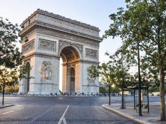 Amenaza bomba en el área del Arco del Triunfo en París
