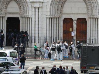 Francia eleva la alerta antiterrorista al máximo