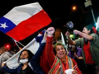 Chile aprueba poner fin a la Constitución de Pinochet