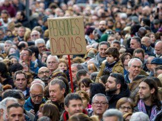 El Gobierno subirá las pensiones y los sueldos de funcionarios