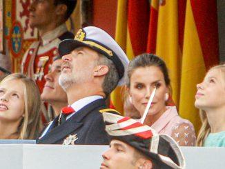 Los Reyes presiden un atípico 12 de Octubre