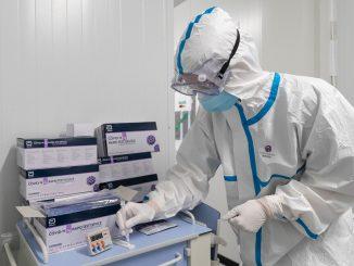 Autoridades sanitarias detectan 11 variantes de Covid-19 en España