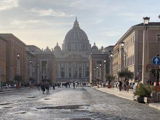 El Vaticano juzga abusos sexuales por primera vez dentro de la santa sede