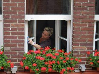 Ayudas económicas para amas de casa mayores de 45 años