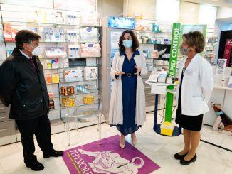 Ayuso pide a la UE validar test de antígenos de Covid-19 en farmacias