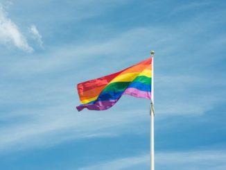 Bruselas lanza estrategia de igualdad para la comunidad LGTBIQ