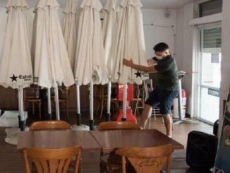 Cataluña cierra sus bares y restaurantes 10 días más