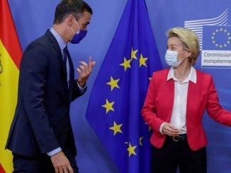 Bruselas avisa que vigilará ley contra la desinformación de Sánchez