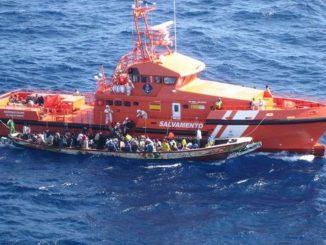 Canarias pide ayuda al Estado ante la llegada de inmigrantes
