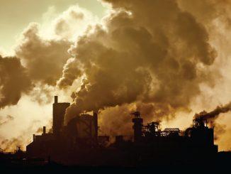 Cómo la contaminación del aire contribuye a la fatalidad del Covid-19