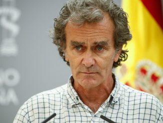 Hija de sanitario fallecido a Fernando Simón: «Cuide sus palabras»