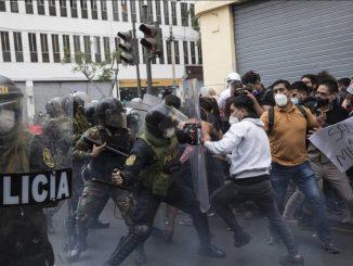 Disturbios en Perú por la destitución de Vizcarra