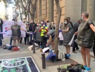Sanitarios de Madrid protestan el traslado al hospital Isabel Zendal