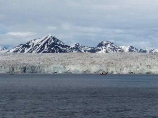 Onega, el pesquero ruso naufraga en el Ártico