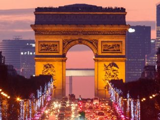 Francia: restricciones con toque de queda a las 20:00 en Nochevieja