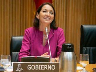 La ministra Reyes en cuarentena tras tener contacto con un positivo