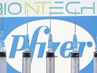 Estudian aplicar una sola dosis de vacuna de Pfizer a toda la población