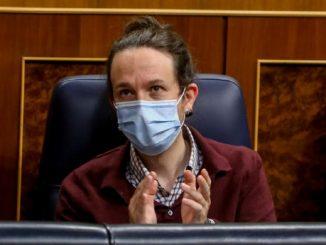 Podemos dice «no» a la imposición legal del castellano