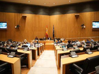 El Gobierno prohibirá los cortes de suministros a familias vulnerables