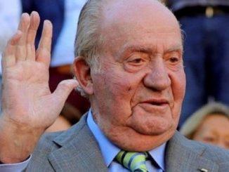 Hacienda pide a Juan Carlos I las facturas de los vuelos que realizó