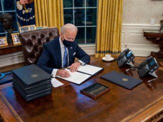 Biden elimina el botón que Trump tenía para pedir Coca-Cola