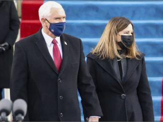 Ex vicepresidente Mike Pence si participó de la ceremonia de Biden