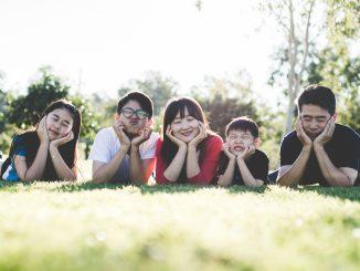 Mujer china paga miles de euros en multas por tener 7 hijos