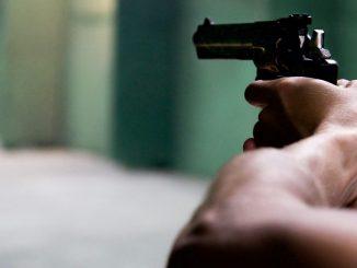 Cinco niños y un adulto mueren en tiroteo en Oklahoma