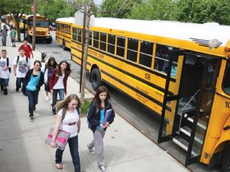 Investigación revela que contagios en colegios nace de los profesores