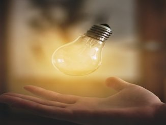 El impuesto sobre la luz vuelve a bajar en el mes de febrero