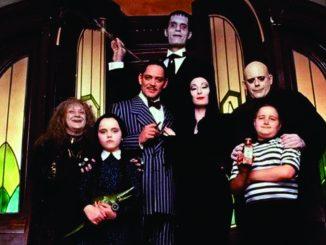 Tim Burton dirigirá una serie sobre La Familia Addams para Netflix