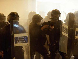 Tercera jornada de protestas por el arresto de Pablo Hasel