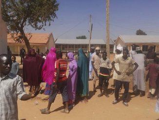 Nigeria: ataque a una escuela deja 300 alumnas secuestradas