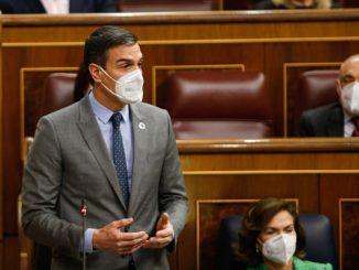 Sánchez alaba a Abascal su «sentido de Estado» frente a Casado