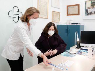 Madrid comenzará en abril la vacunación masiva de la población