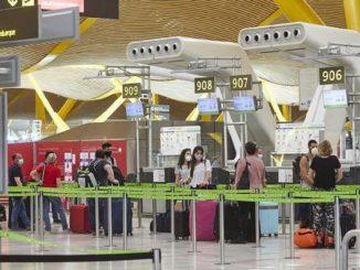 El Gobierno restringe las llegadas desde Brasil y Sudáfrica