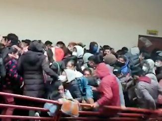 Bolivia devastada: siete estudiantes mueren al caer de un cuarto piso