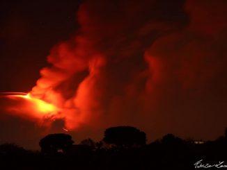 Undécima erupción del volcán Etna, en Italia