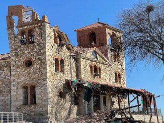 Terremoto en Grecia causa derrumbes, heridos y pánico en sus habitantes